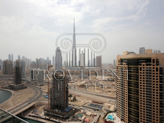 Moon Tower, Business Bay - View