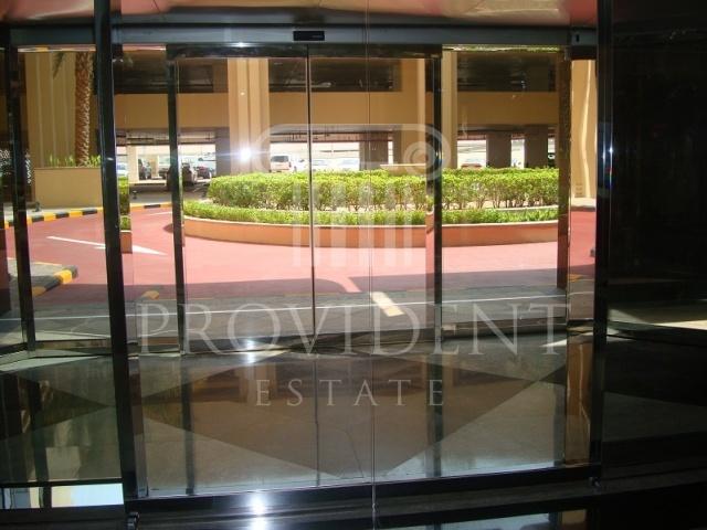 Entrance - Churchill Executive Tower_Business Bay
