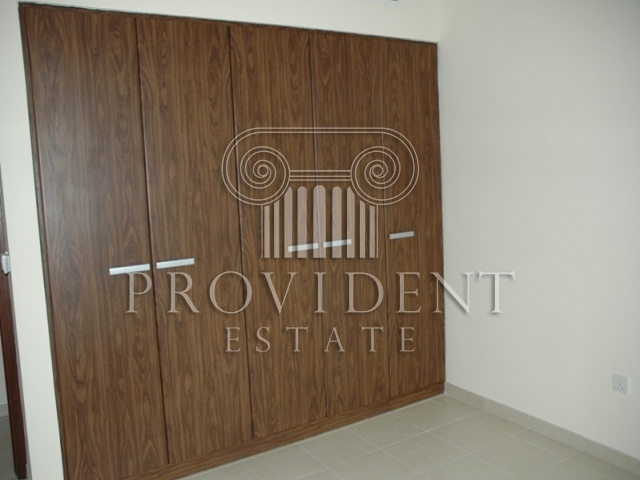 Executive Tower C, Business Bay - Built in Wardrobes