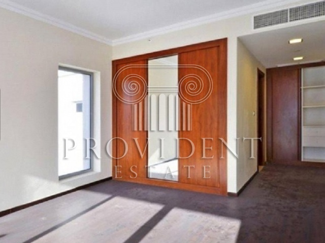 Executive Tower Villas, Business Bay - Built in Wardrobes