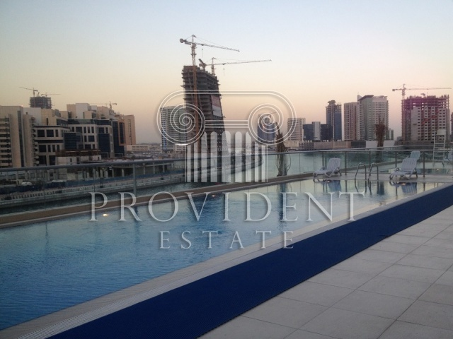 Fairvew Residency, Business Bay - Pool