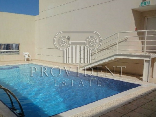 Mayfair Residency, Business Bay - Pool